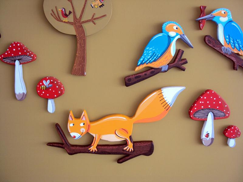 Ecureuil dans les bois BD